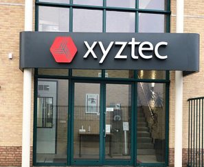 xyztec-pand-sign